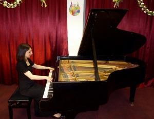 klavierkonzert28-05-2011_susanna_amirkhanyan_3_20130503_1400282889.jpg